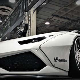 Wide Body Lambo Slammed on Custom Staggered Forgiato Wheels
