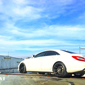 Rear Angle of Vertini RF1.3 Wheels on Mercedes CLS 63 AMG