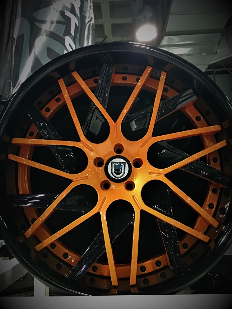 Custom Two-Tone Black and Orange Asanti Forged Wheel