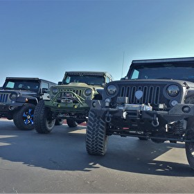 STRUT Picnic and Photoshoot | Jeep Wrangler Triple Threat