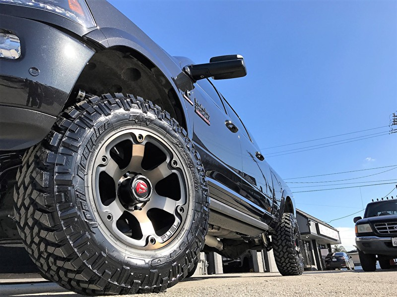 Dodge Ram 2500 Lifted | Fuel Offroad D564 Beast 20x10 | 37x12.50R20 Nitto Trail Grappler