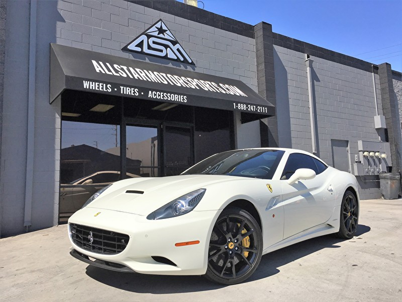 White Ferrari California | Blackout Wheel Package