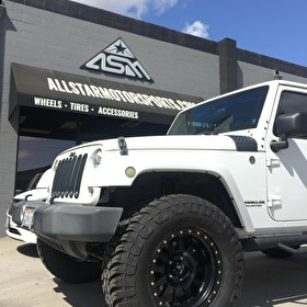 White Jeep Wrangler JK on 18 Inch Method Double Standard Matte Black General 35x12.50R18 Tires