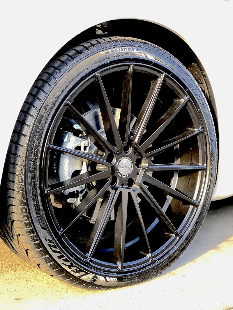 22 Inch Staggered Sporza Pentagon Black Wheels and Lexani Tires