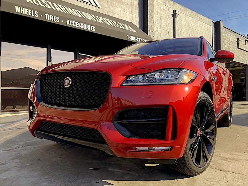 Red Jaguar F-PACE | Blackout Package with Grille Closeup
