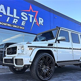 White Mercedes G63 AMG | Custom Blackout Package | Black Powdercoat on Wheels 24 Inch