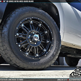 Chevy Silverado on 20 Inch XD Series XD795 Hoss Gloss Black | Nitto Tires