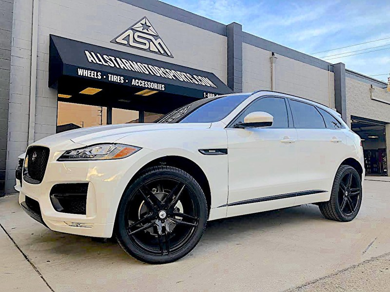 White Jaguar F-PACE | Blackout Package | 22x9.5 Asanti 5 Spoke Black Wheels