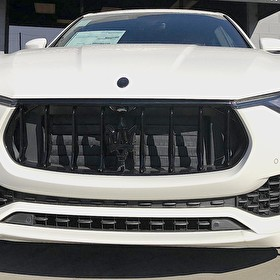 JSTAR Auto Maserati Levante | Blackout Package Front End
