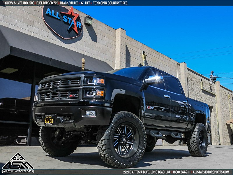 22 Inch Fuel Offroad Forged for Lifted Chevy Silverado 1500 Wrapped on Toyo Open Country M/T