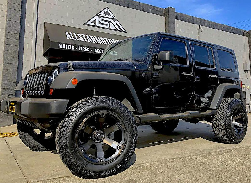 "Jeep Wrangler JK Black | Lifted 4"" on Readylift Kit 