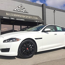 2017 Jaguar XJ-R Sport White | Blackout Package