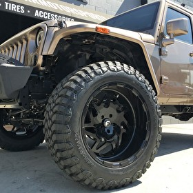 Awesome Jeep Wrangler JK 4 Door on Custom Fuel Offroad Forged All Gloss Black with Dynapro M/T