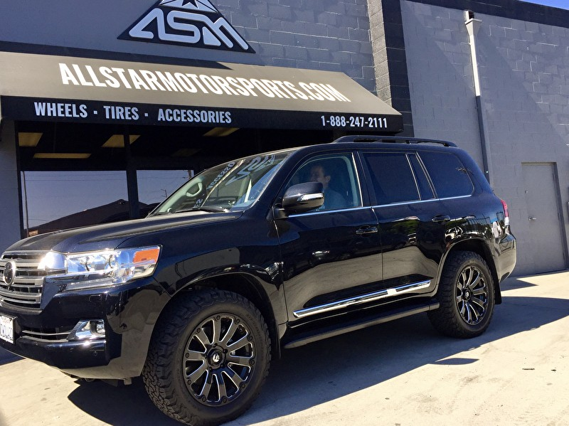 Black Toyota Land Cruiser with 20 inch Fuel Offroad D598 Diesel Wheels Black and Milled