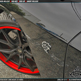 """Dodge Challenger Hellcat on 22"""" Staggered Adventus AVS-3 Custom Painted Red Lip Closeup"""