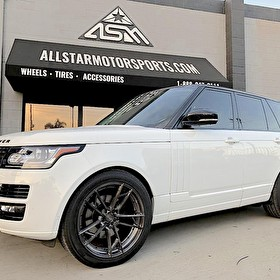 White 2017 Range Rover HSE Full Size | Blackout Package with White Lowers | 22 Inch Staggered Rotiform Titanium Anodized Finish Wheels