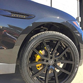 Jaguar F-PACE | Blackout Package with Yellow Trim (Logos and Brakes) | Lexani Gravity 22x9 Wheels | Nexen 285/35R22 Tires