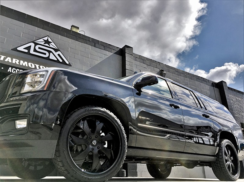 Allen Cadillac | GMC Yukon Blackout on 24 Inch Lexani Forged Custom Wheels