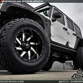 White Jeep Wrangler JK | Custom Forged Fuel Offroad Wheels D242 MOAB | Fuel Mud Gripper M/T Tires