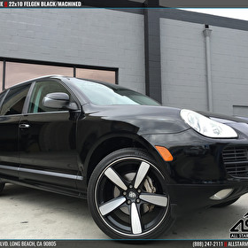 Black Porsche Cayenne | 22x10 Felgen Black Machined Wheels