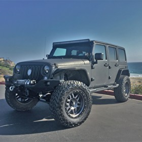STRUT | Jeep Wrangler 4Dr | XD128 Machete Gray | Nitto Trail Grappler M/T