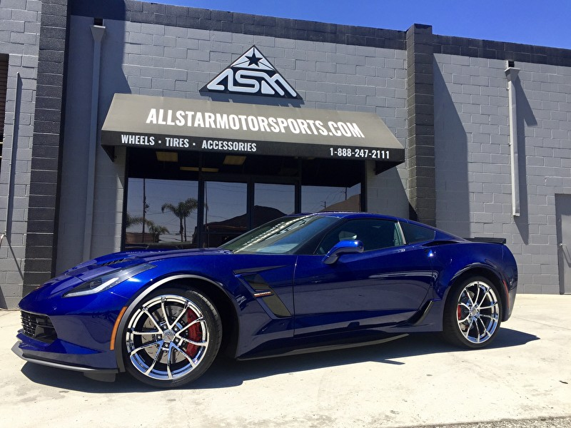 Blue Chevrolet Corvette with OE Wheel Chrome Job